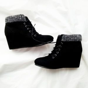 Rouge Hellium Black Lace Up Ankle Boots NWT